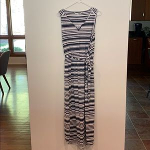 Casual striped sleeveless dress XL